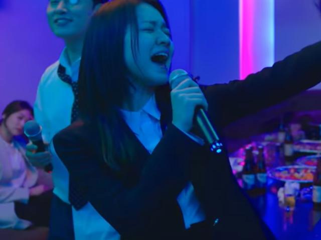 『自己発光オフィス』OST・歌詞(和訳)をご紹介!主題歌・挿入歌・MV動画付き!